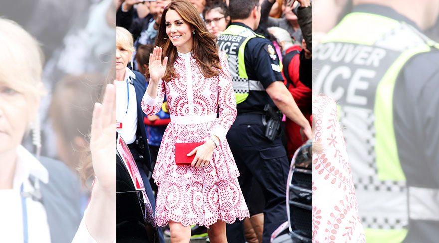 Kate Middleton görüntüsüyle büyük beğeni topladı