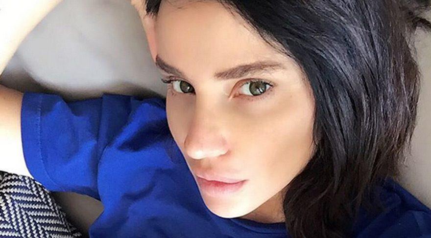 Gülşen'den hamile selfiesi
