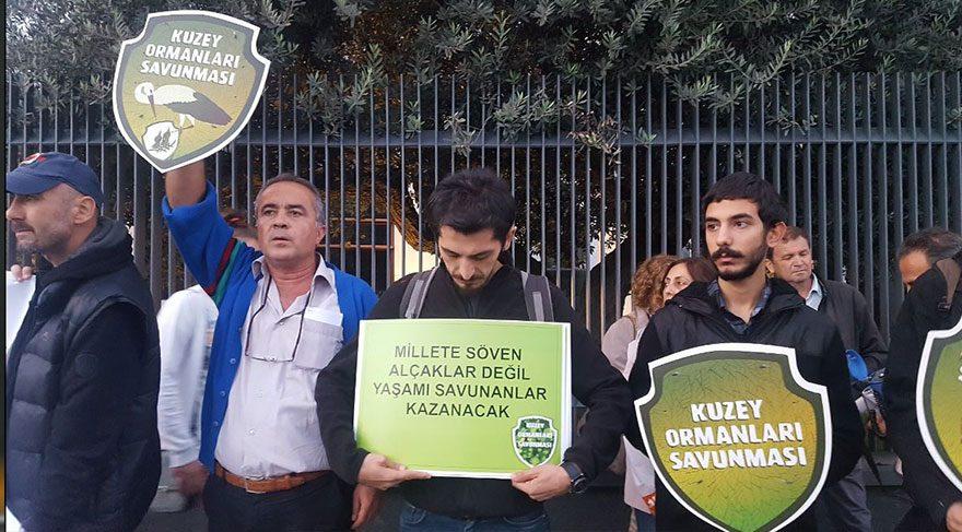 Kuzey Ormanları Savunması'ndan Cengiz Holding önünde eylem!