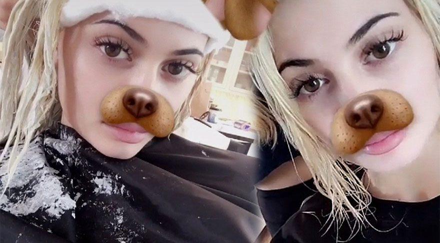 Kylie Jenner saçlarını platin sarısına boyattı