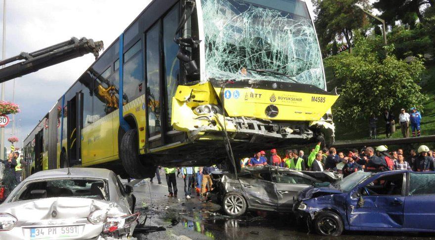 Şemsiyeli kazanın metrobüs şoförü ifade verdi