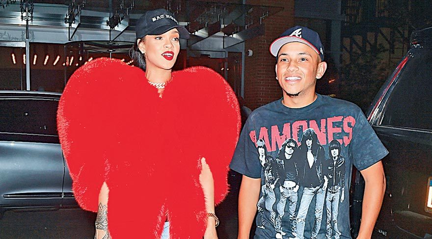 Rihanna'dan büyük jest