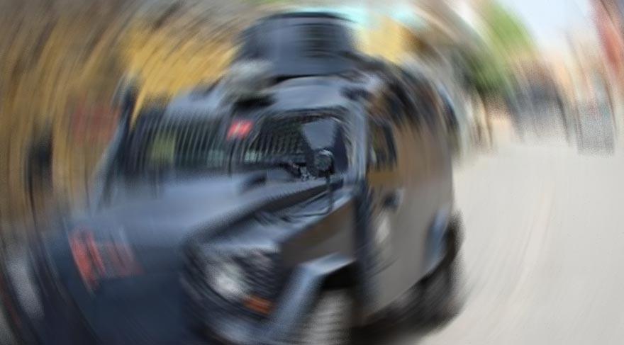 Polis aracına roketatarlı saldırı!