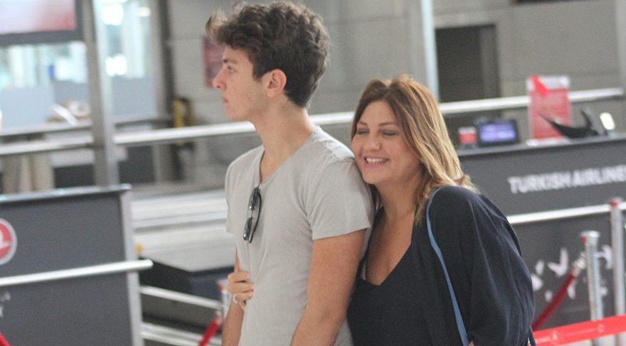 Sibel Can oğluyla Monako'ya uçtu