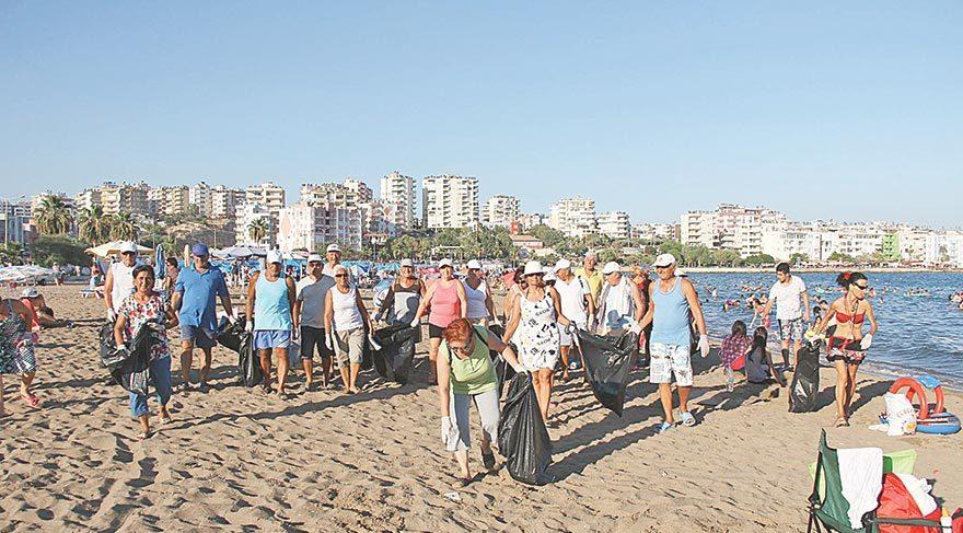 Silifke'nin plajları temizleniyor