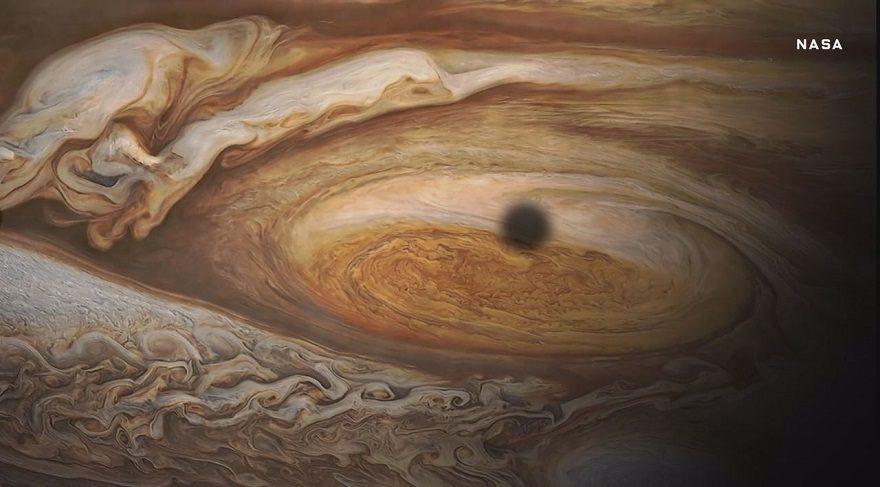 Merhaba güzellik… Jüpiter ilk kez bu kadar yakından görüntülendi…