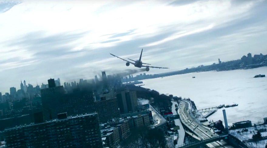 Kaz sürüsüne çarpan uçak…