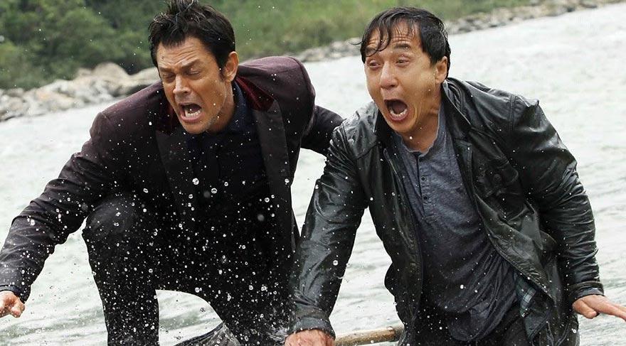 Hong Kong'lu dedektif Bennie Chan, zamanında ortağını öldürmüş olan Victor Wong'u uzun yıllardır adeta saplantılı bir biçimde yakalamanın yollarını aramaktadır.