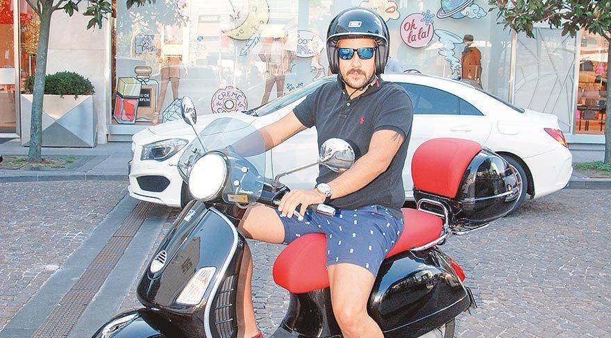 Ümit Erdim'in motosiklet keyfi