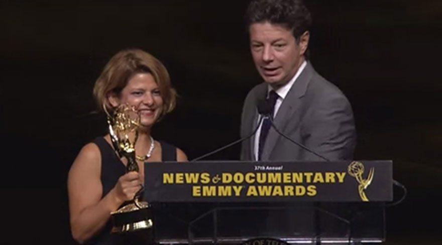Türk gazeteci Zeynep Erdim Emmy ödülü kazandı