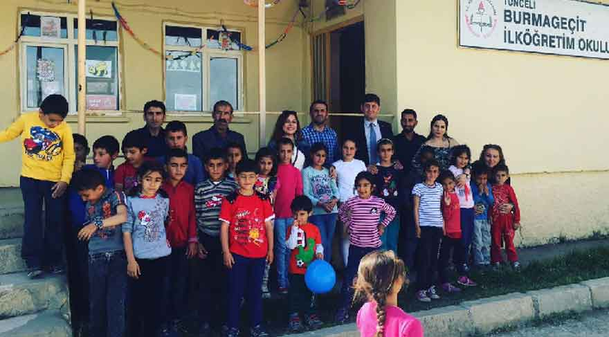 El birliğiyle sekiz köye kütüphane kurdular