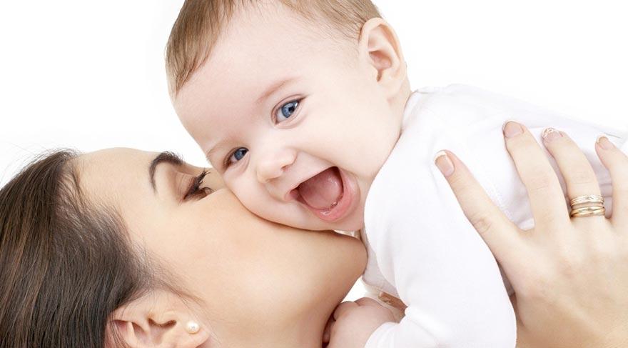 Her damlası mucize bir besin… Anne sütünün 10 faydası