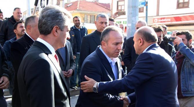Bakan Işık, Müsteşarı Fidan'ın babasının cenazesine katıldı