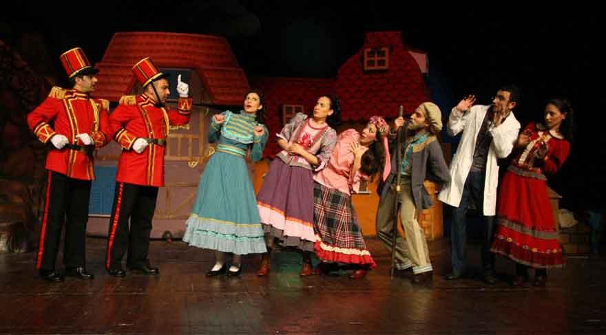 Şehir Tiyatroları'na altı yeni oyun