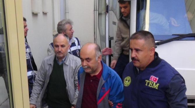 Uşak'ta FETÖ'den 21 kişi adliyede