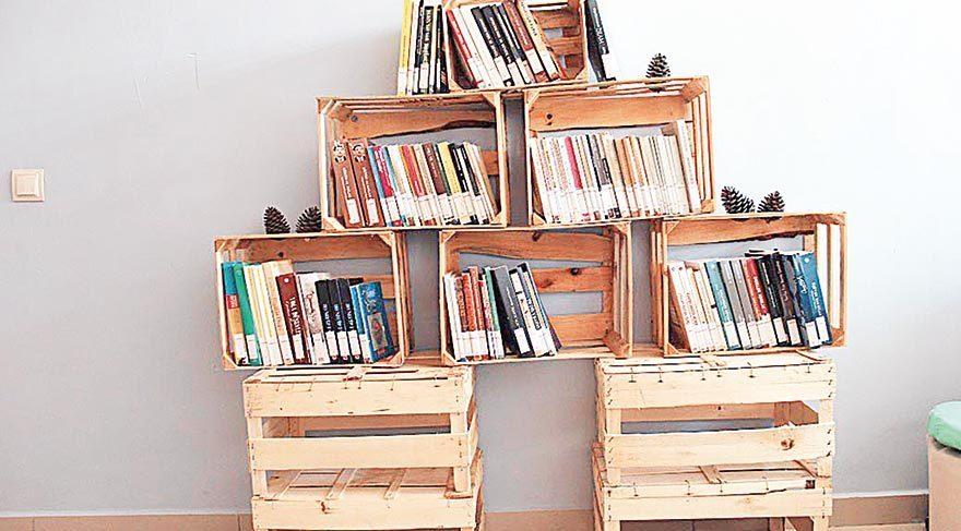 Meyve kasasından kütüphane