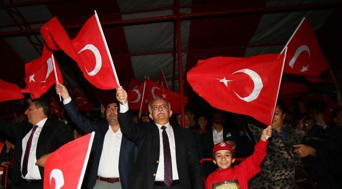 2 bin 1234 kişi zeybek oynadıktan sonra Türkiye haritası oluşturacak