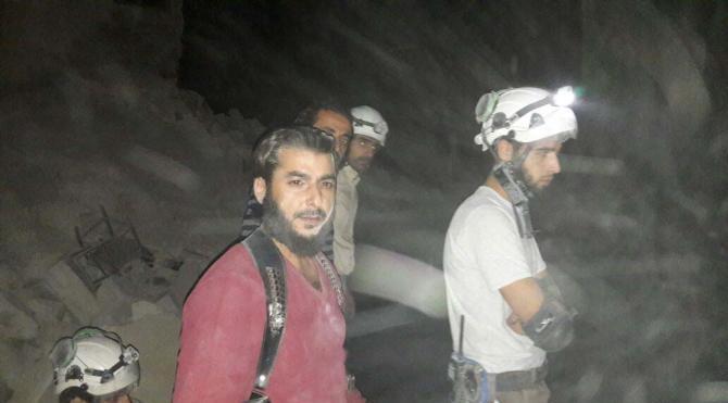 Halep'te Türk derneğinin yardım deposu bombalandı: 7 ölü