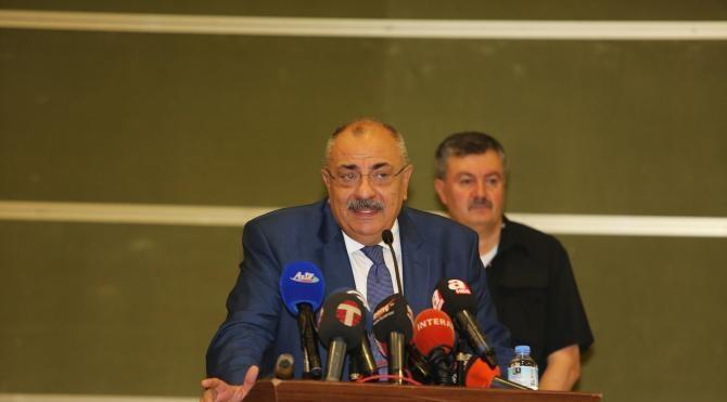 Tuğrul Türkeş KKTC'de 'Türk Dünyası I'nci Gençlik Forumu'nun açılış törenine katıldı