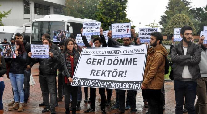 KTÜ'de öğrencilerden Beştepe'de Akademik Yıl açılışına katılan rektöre tepki eylemi