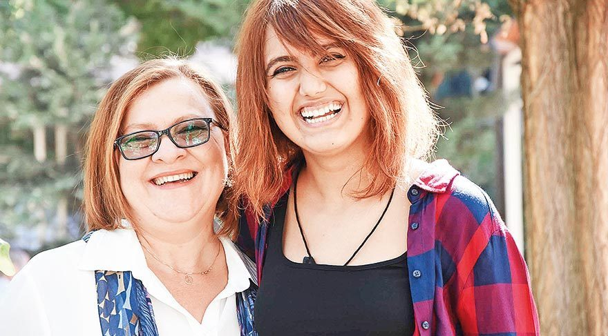 25 yıllık saçlar Elif'e moral oldu