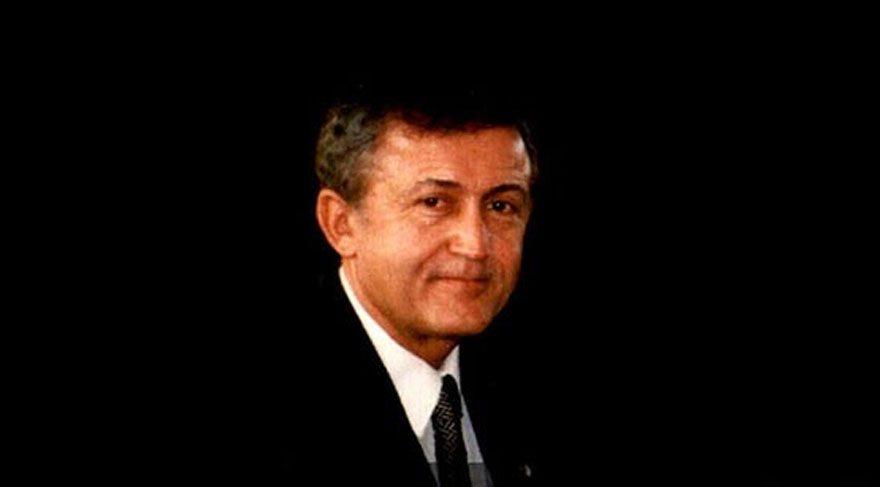Ahmet Taner Kışlalı anıldı