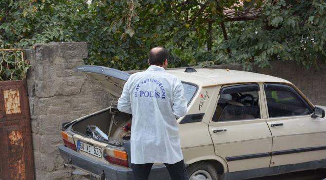 Erbaa'da şüpheli otomobil alarmı