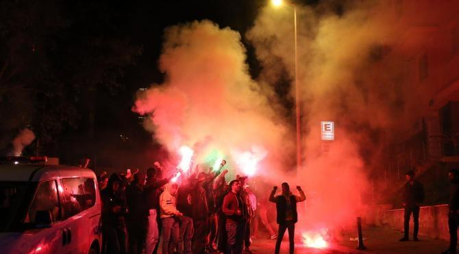 Fenerbahçeli taraftarlardan Kütahyalı protestosu