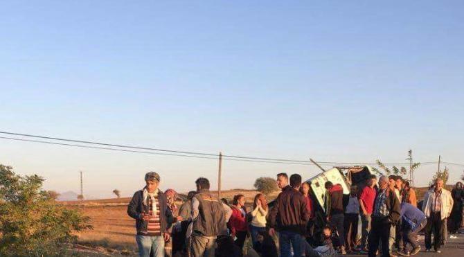 Beyşehir'de öğrenci servisi devrildi: 24 yaralı