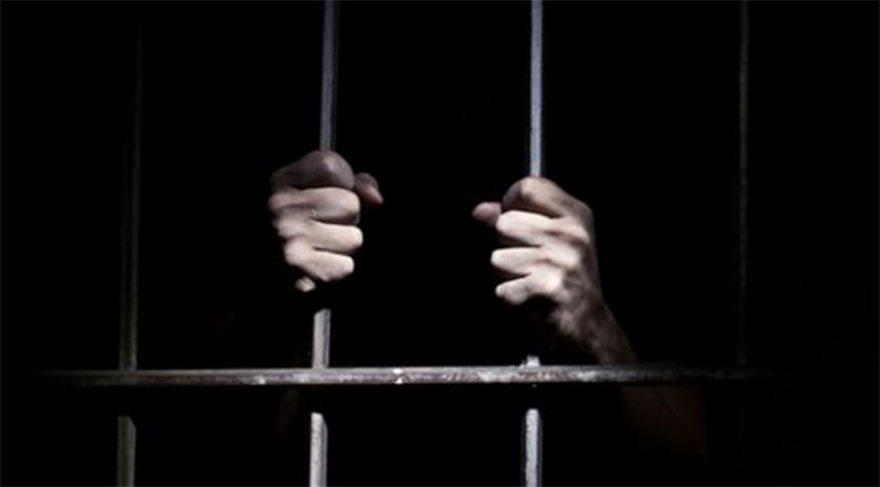 CHP'li Tanal: 'Cezaevlerinde FETÖ kitapları var'