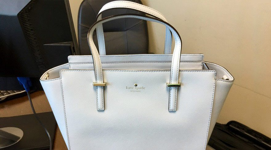 Çantayı hangi renk görüyorsunuz?