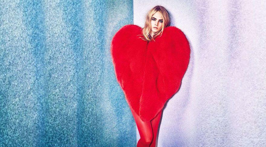 Ünlülerin yeni gözdesi Saint Laurent kalp manto