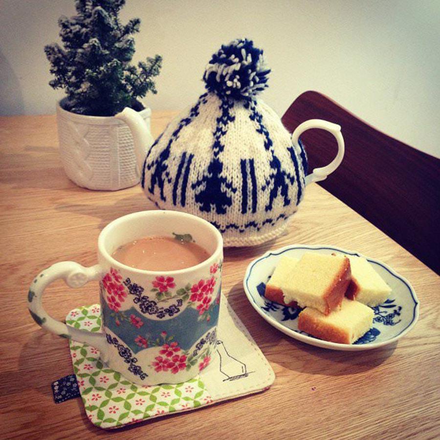 Çaydanlıktaki Çay Lekesi Nasıl Temizlenir