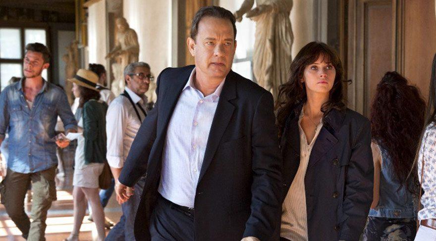 Ünlü semboloji uzmanı Robert Langdon Dante'yle ilgili ipuçları peşindeyken kendini bir anda Floransa'da bir hastanede bulur.