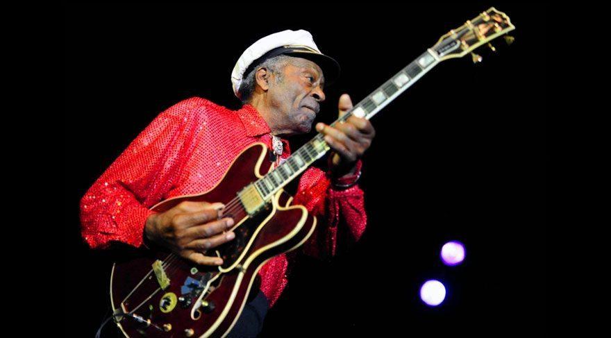 Chuck Berry'den 90. yaş sürprizi