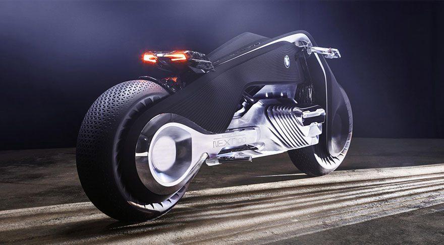 Teknolojide son nokta: Devrilmeyen motosiklet