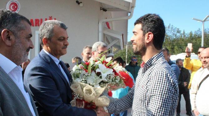 Kenan Sofuoğlu memleketinde mehter takımı ile karşılandı