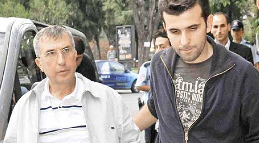 FOTO:DHA/Arşiv - Eski Emniyet Genel Müdür Yardımcısı Emin Arslan