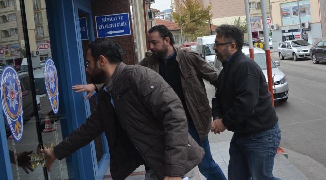 Bilecik'te Ak Parti eski İl Başkanı ve 11 kişiye FETÖ gözaltısı
