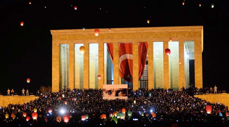 Galeri İstanbul1881 Atatürk resimleriyle açılıyor