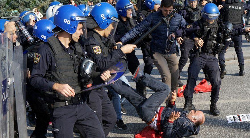 Ankara'da polisten biber gazlı müdahale