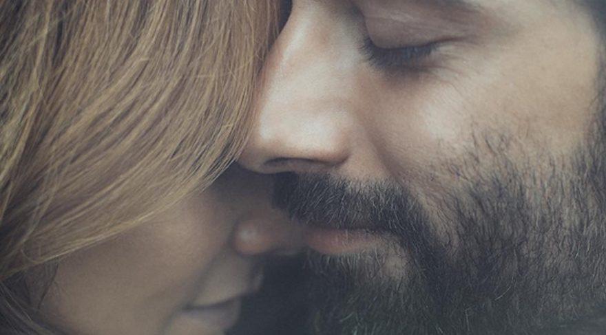 İlker Kaleli sevgilisi Burçin Terzioğlu ile çekilmiş fotoğrafını paylaştı