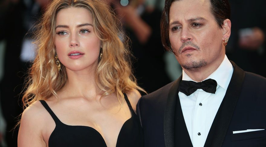 Johnny Depp evini satıyor