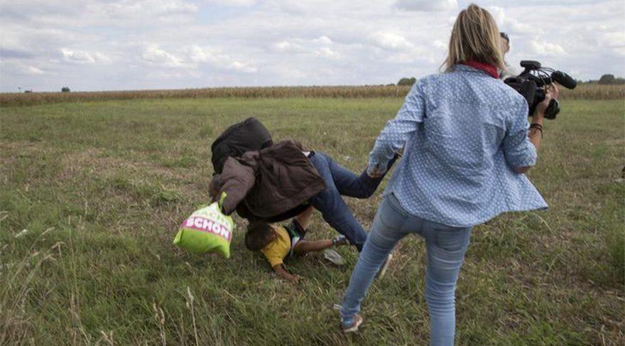 Mültecilere tekme atan Macar kameramana ödül