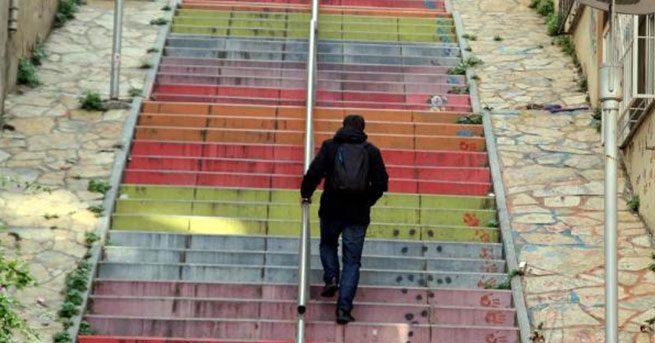 merdivenler  Kalori yakmanın en verimli yolu nedir? İşte kilolarınızdan kurtulmanızı sağlayacak 36 etkili yöntem... merdivenler