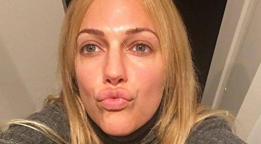 Meryem'den 'doğal' öpücük