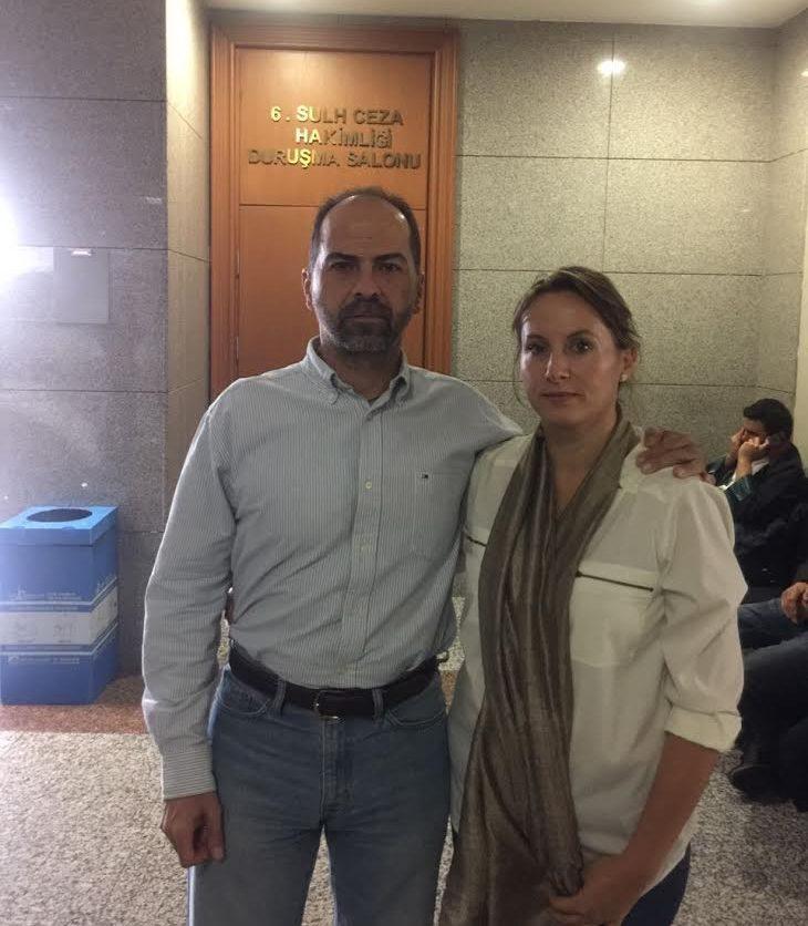 FOTO: SÖZCÜ - Nasuh Mahruki, adliyeye eşi Mine Mahruki ile birlikte geldi.