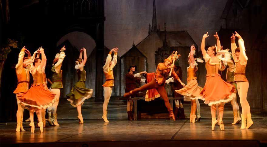 Süreyya Operası Sahnesi'nden 10. Sanat Mevsimi