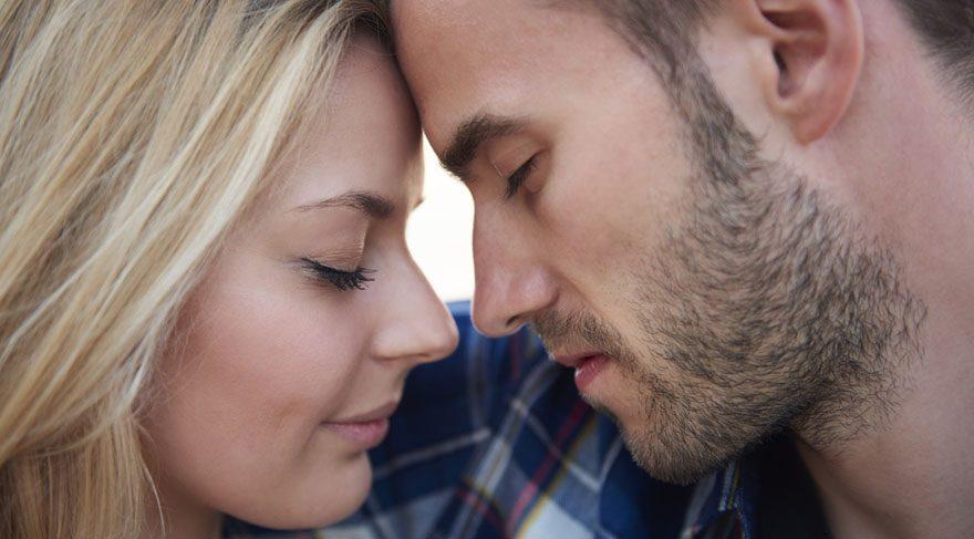 Yengeç: Hayatın keyifli yanları ile daha çok ilgilenebilirsiniz. Eğer birlikteliğiniz var ise beraber romantik dakikalar geçirebilirsiniz.