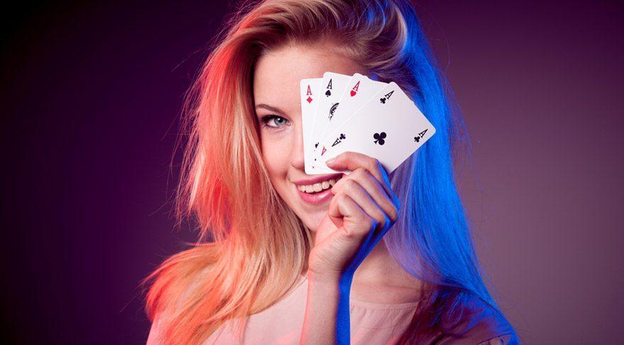 Yay: Yalnız olanlar ise ayaklarını yerden kesecek sürpriz bir aşkla sarsılabilirler. Bazılarınız ise şans oyunlarında minik kazançlar elde edebilirsiniz.